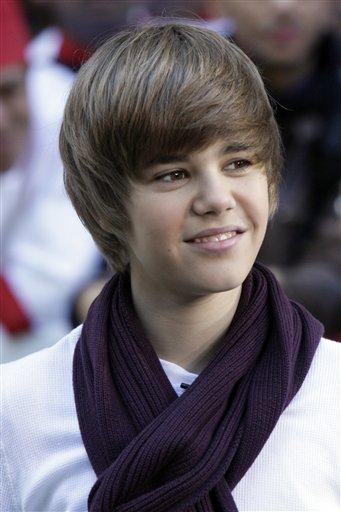 Justin Bieber 2011 Haircut Pictures. Justinjustin bieber jo tags