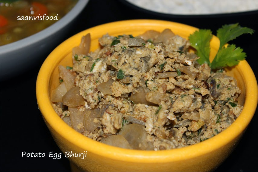 Aloo Anday Bhurji / Potato and Scrambled Egg Curry