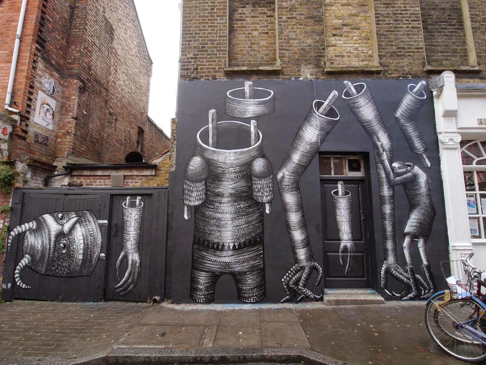 While we last heard from him with David De La Mano in Wales a few days ago, Phlegm is now back in London where he just finished working on this new mural.