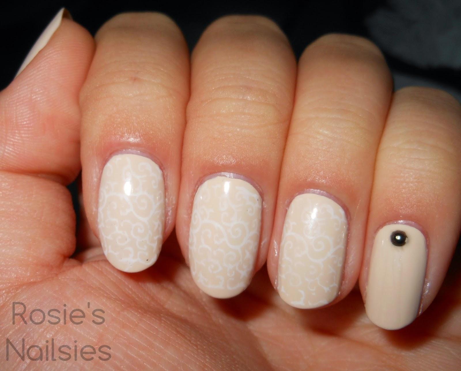 Rosie\'s Nailsies: Anniversary Nails