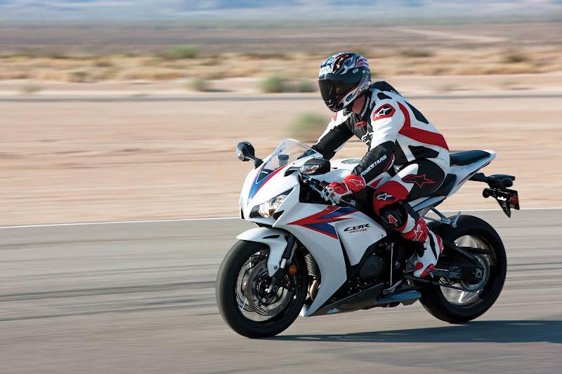 Gambar Honda CBR1000RR 2012