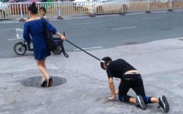 Γυναίκα έβγαλε βόλτα τον σύντροφο της με το λουρί του σκύλου και προκάλεσε κυκλοφοριακό κομφούζιο