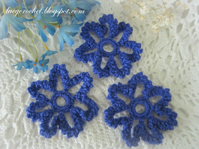 Quick Crochet Flower Pattern : Lacy Crochet: Free Crochet Flower Patterns