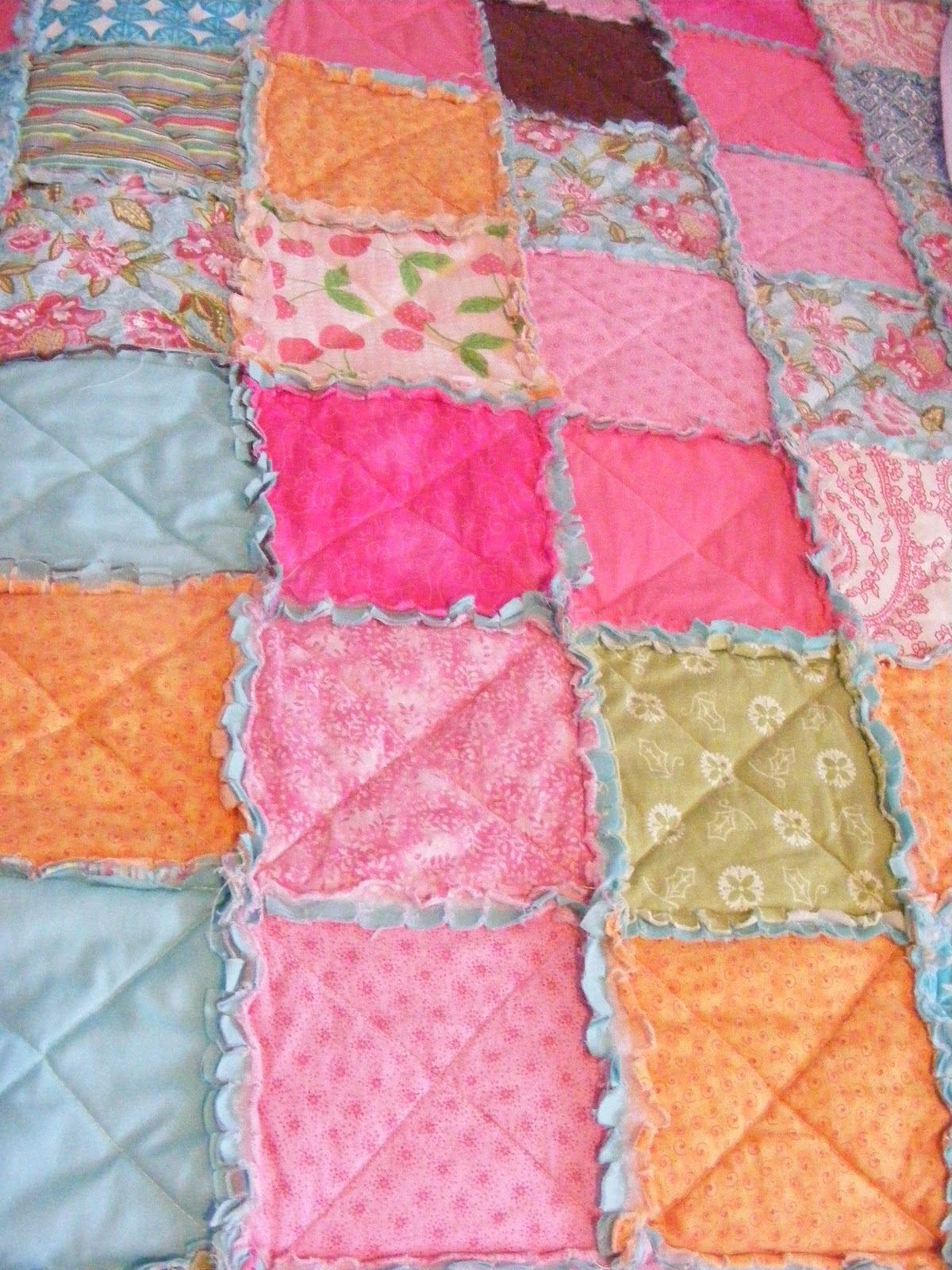 Easy Thrifty Pretty Rag Quilt Tutorial The Complete