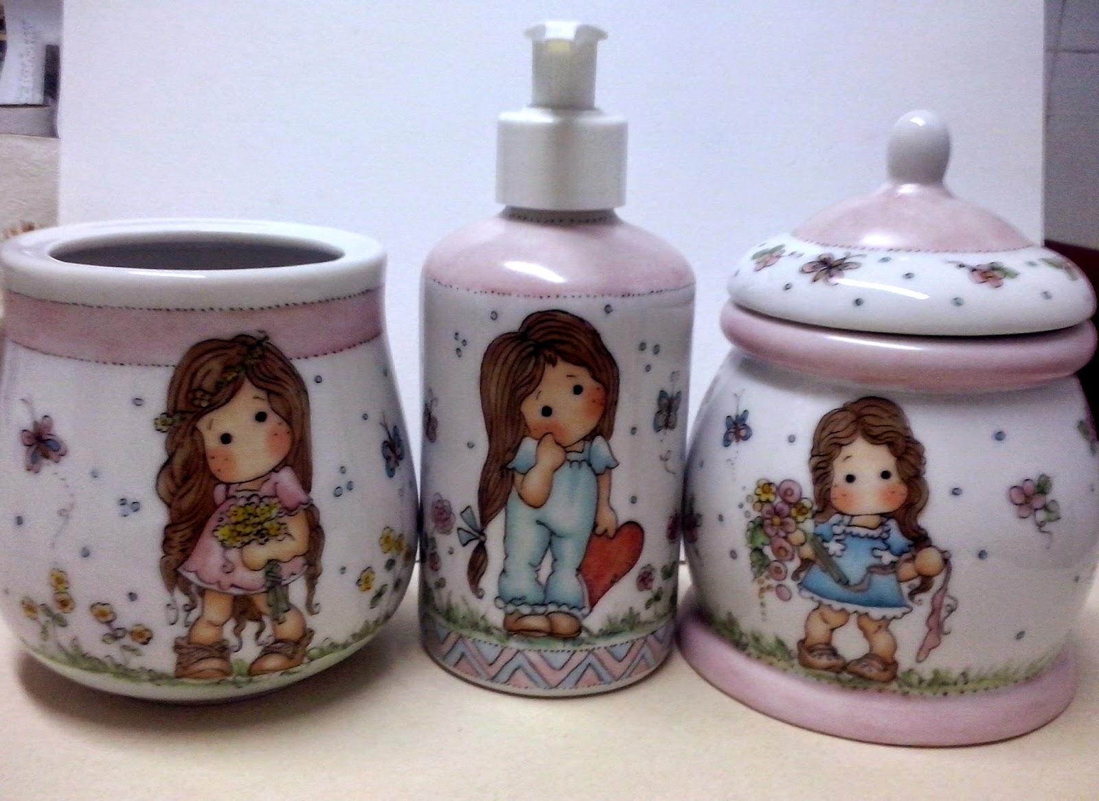 BLOG DA BETH: Kits de Banheiro Porcelana Personalizada #65443C 1600 1167