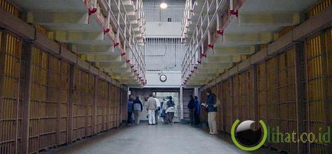 """8. Narapidana paling buruk """"tidak langsung"""" dipindahkan ke Alcatraz"""