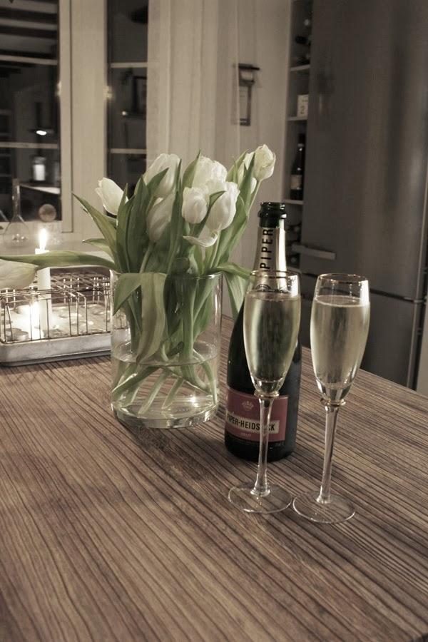 champagne, piper, champagneglas, kök