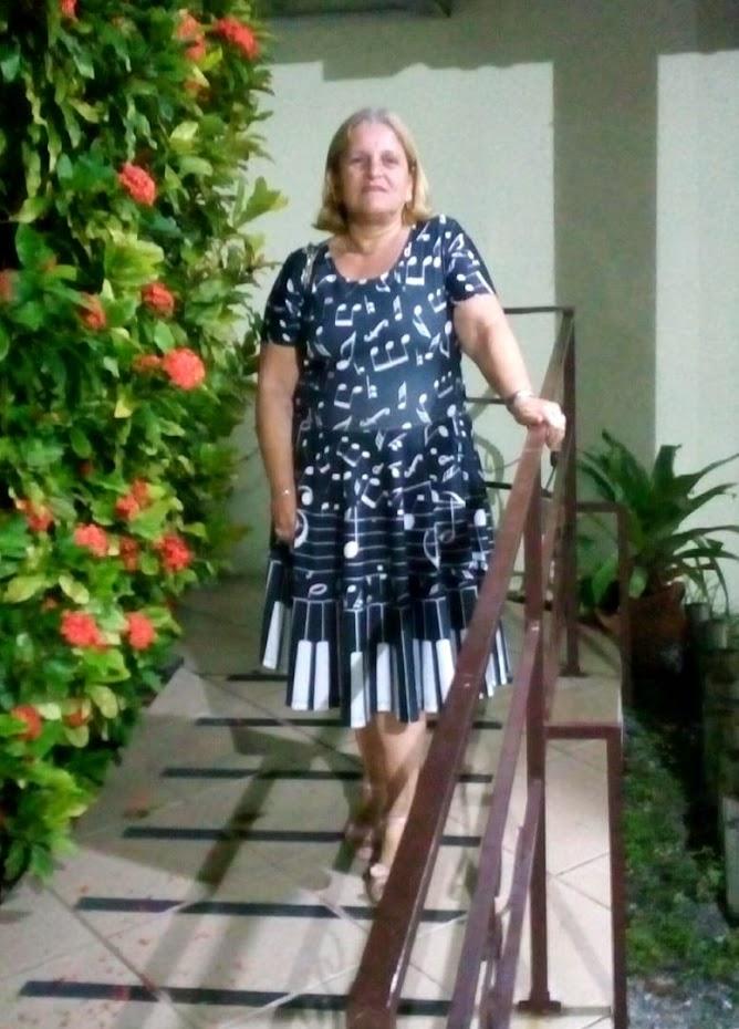 * Professora Maria Edméia *