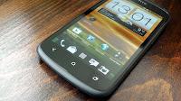 HTC akıllı telefonu One S 'de desteğini çekiyor. HTC One S için artık güncelleme gelmeyeceği duyuruldu. HTC S geçen sene orta seviyeli olarak sürülmüştü piyasaya bir seneden sonra kullanıcı desteğini çekilmesi ile Android 4.1.1 sürümü ile kalacak. Android'in daha üstü 4.2 yi ya da daha ötesini denemek isteyen kullanıcılar ise Custom Rom ile ancak sahip olabilecekler…