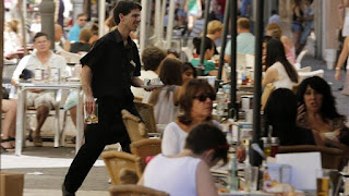 El empleo en turismo alcanza máximos, aunque precario