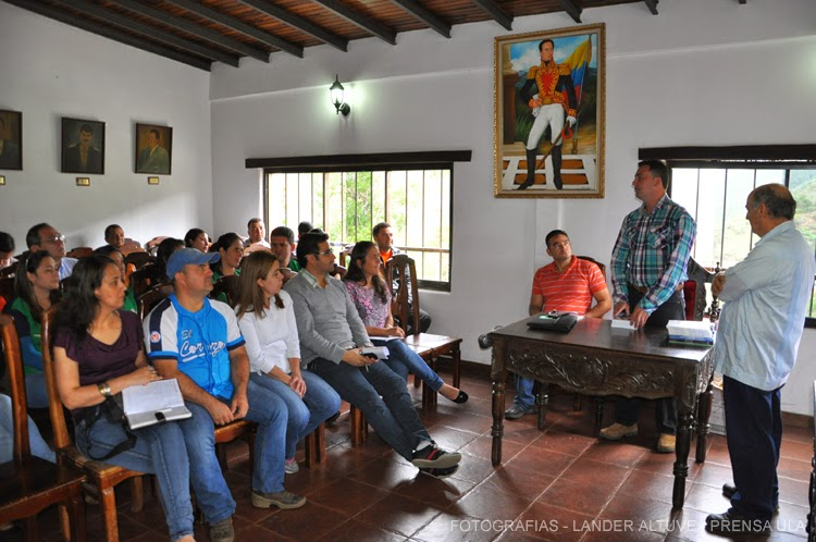 El tren ejecutivo y legislativo de la Alcaldía de Guaraque participó del Taller sobre Técnicas Legislativas ofrecido por la Universidad de Los Andes. (Foto: Lánder Altuve)