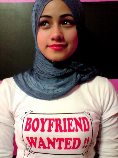 Gadis Bertudung Labuh   newhairstylesformen2014.com