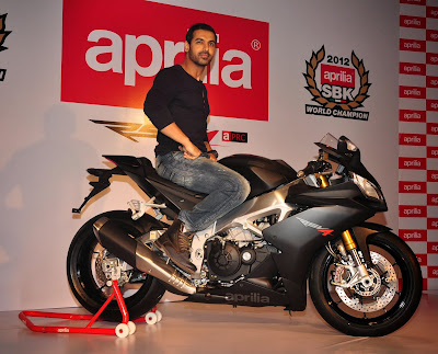 John-Abraham-on-new-Black-Aprilia-RSV4-pics