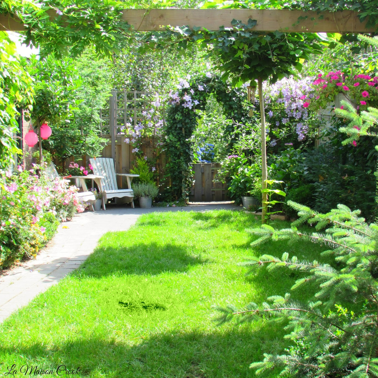 La maison crook: woonkamer en tuin 2015 / livingroom and garden 2015