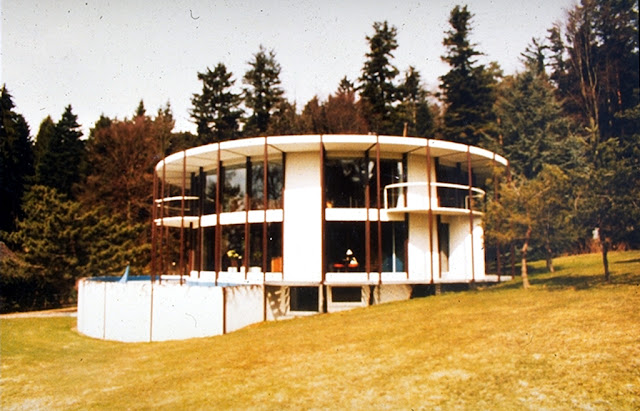 Esoteric survey kolb associates for Kolb architekt
