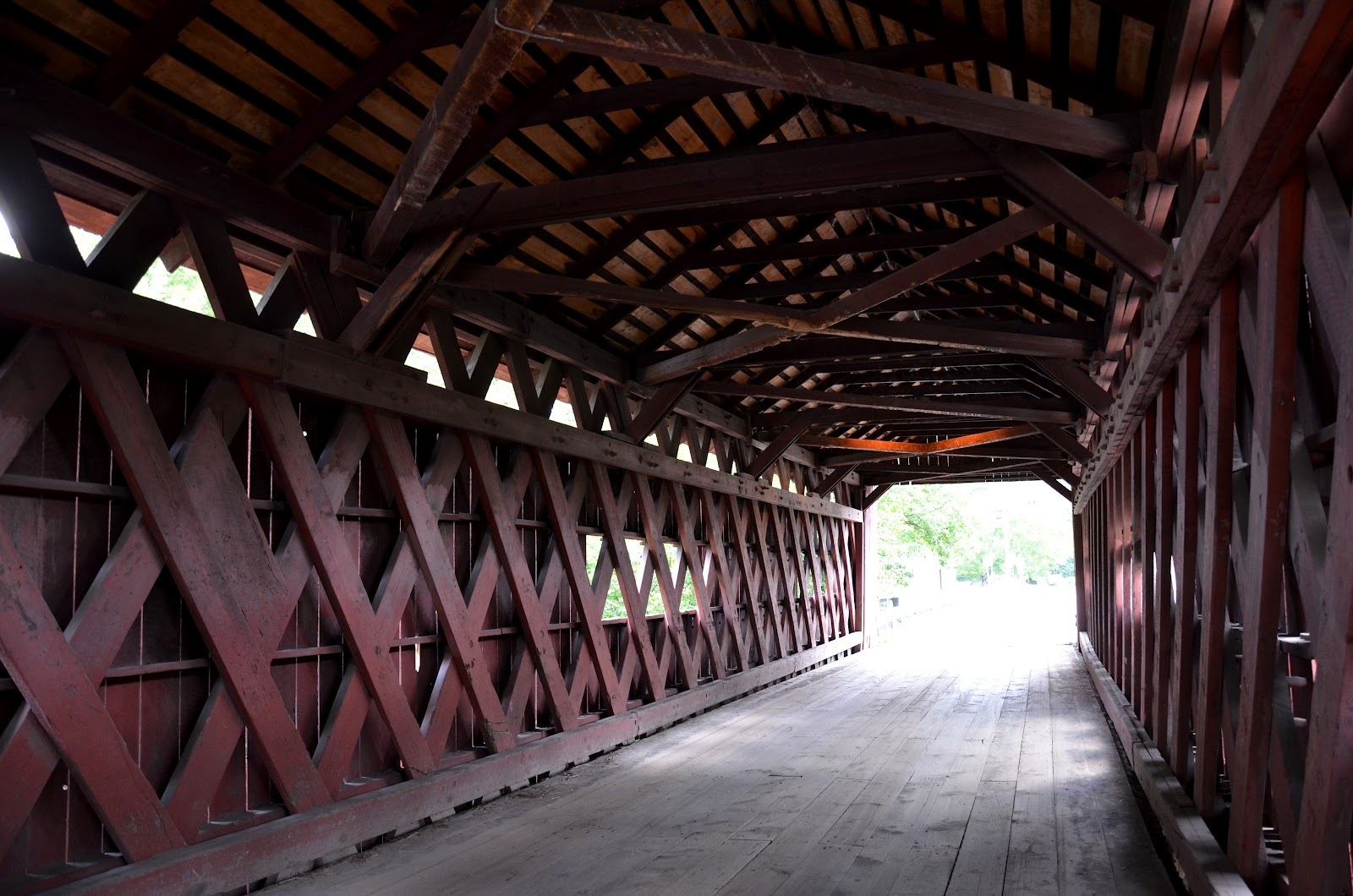 baugh s blog photo essay covered bridges in vermont inside the station bridge in northfield falls vermont note the lattice style design
