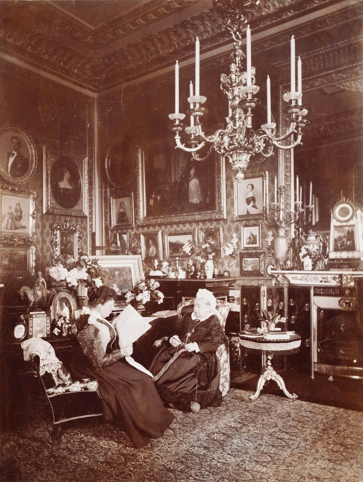 Photograph of Queen Victoria and Princess Beatrice inside Windsor Castle taken by Danish photographer Mary Steen in 1895