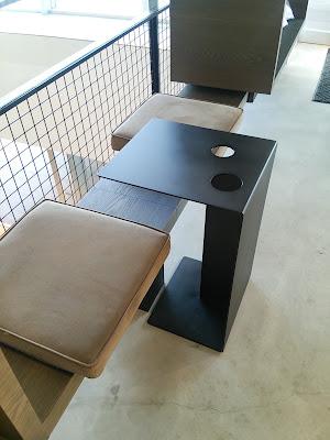 サイドテーブル ドリンクホルダー