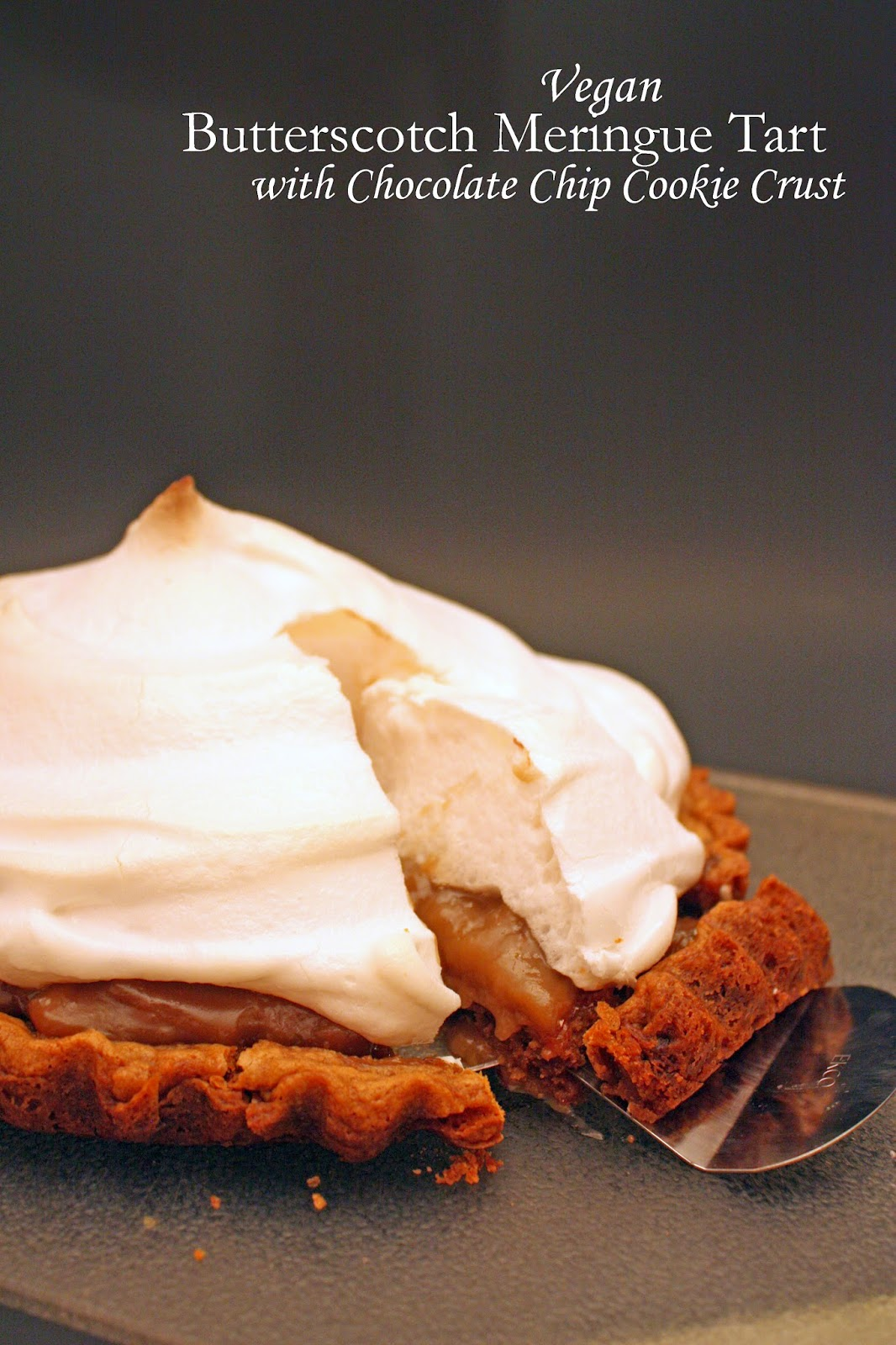 vegan butterscotch meringue tart with chocolate chip cookie crust