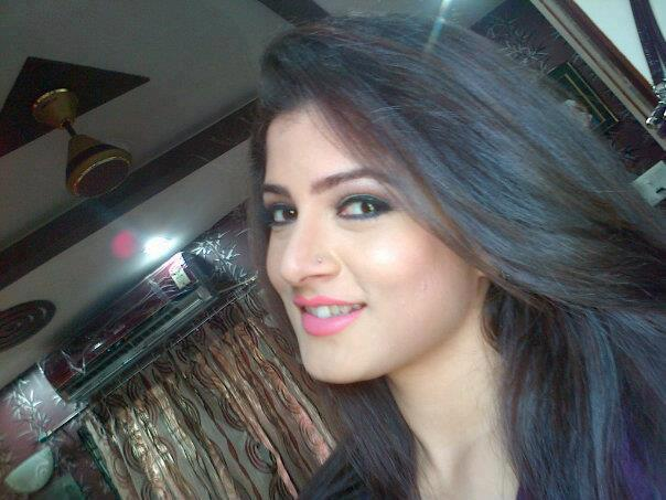 dating girl in kolkata Chat with local people in kolkata and west bengal right now.