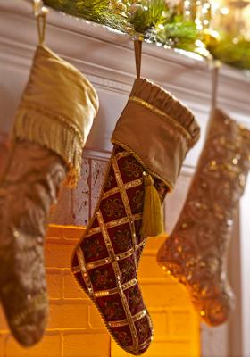 Redesign concepts blog christmas mantel ideas for Www traditionalhome com