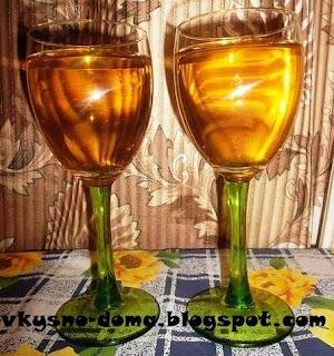 Клубничное домашнее вино