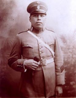 Alipio Ponce Vásquez joven en 1928