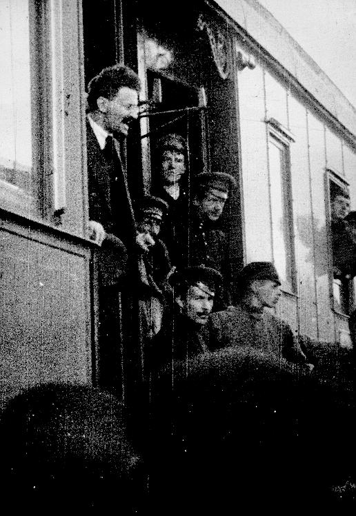 what was the significance of lenin and trotsky Leon trotsky: case study trotsky at the head of the red army in 1918 topics family background and education development of his political ideals his emerging.
