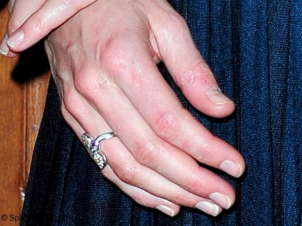 We Also Look At Kates Garnet And Pearl Ring It Has Been In Her Possession Since Least 2005 Kate Photographed Wearing On Multiple