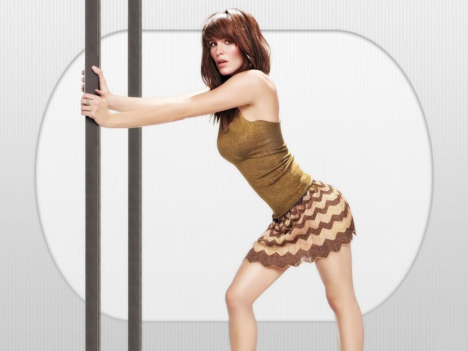 http://4.bp.blogspot.com/-5mQ6Qdf-LRs/TiXII0cu8hI/AAAAAAAACBs/LOAnazfypLw/s1600/jennifer-garner-wallpaper-normal.jpg