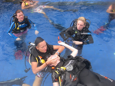 PADI IDC April 2013 on Gli Air, Indonesia, Rescue exercise # 7