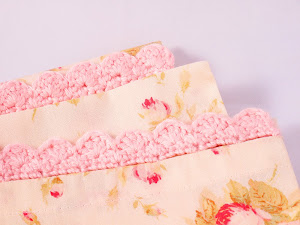 Easy peasy pillowcase with crocheted edge