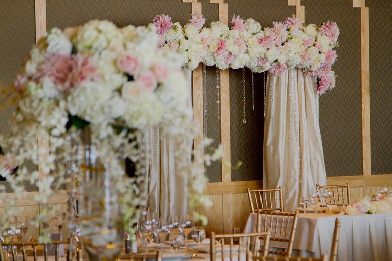Wedding flowers crystal strands four seasons seattle wedding flora