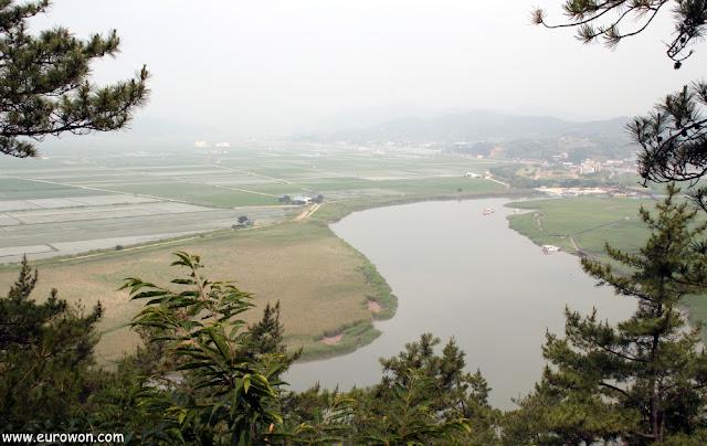Vista de la Bahía Suncheonman desde la colina