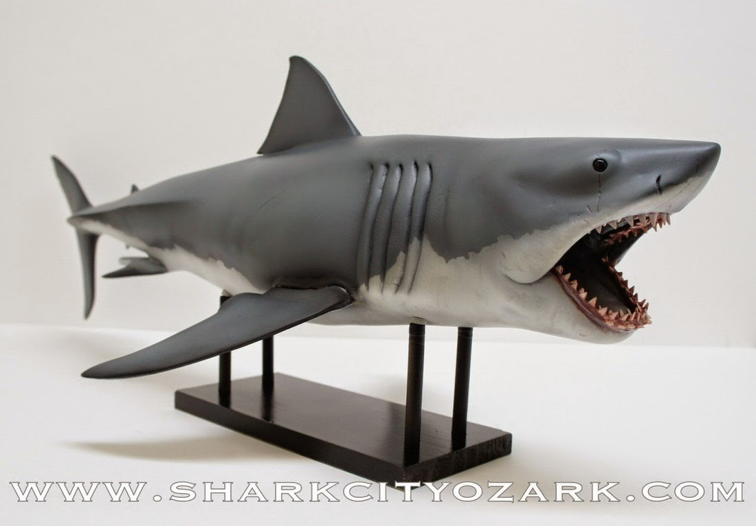 Great White Shark Jaws Toys : New a inch jaws collectible shark from city ozark