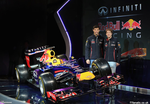 Foto-Mobil-Red-Bull-RB9-F1-2013_5