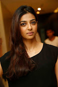 Radhika Apte at Manjhi movie event-thumbnail-11
