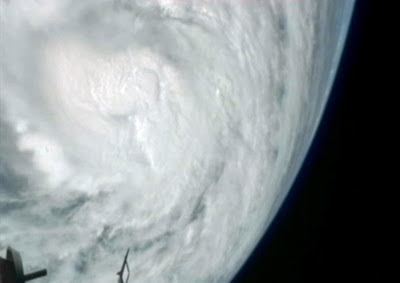 颱風<桑迪>衛星圖