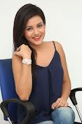 Mishti Chakraborthy latest dazzling pics-thumbnail-18