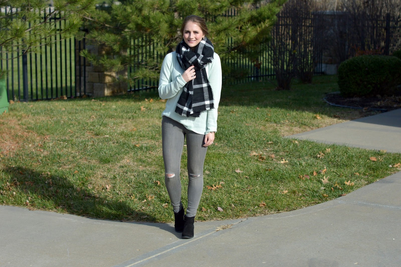 old navy gray rockstar jeans