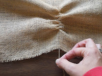 How to cut burlap | The Chilly Dog