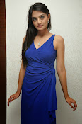 Nikitha Narayan glam pics in blue-thumbnail-8