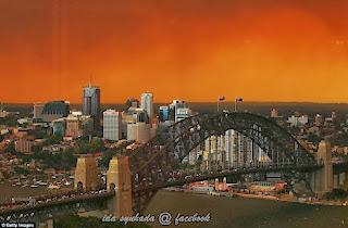 Langit Berwarna Merah Di Sydney