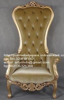 sofa klasik jepara Mebel klasik jepara jual set sofa tamu klasik ukir sofa tamu klasik jati sofa tamu klasik modern sofa tamu klasik duco jepara mebel jati klasik jepara SFTM-33002 sofa klasik cat emas