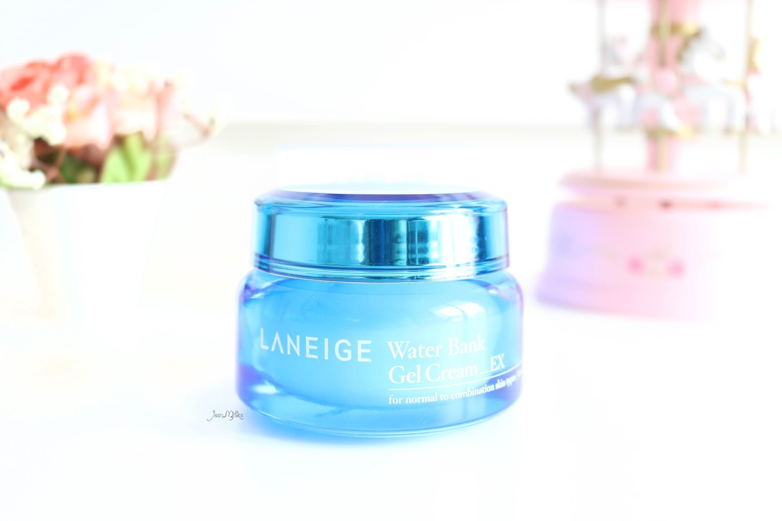laneige, water bank, gel cream, oily skin, laneige water bank, skin care, review, moisturizer
