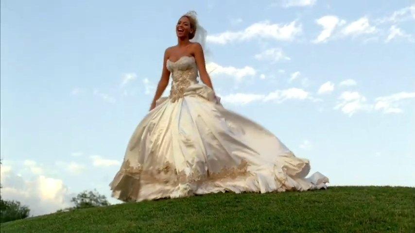 Beyonces Baracci Wedding Dress