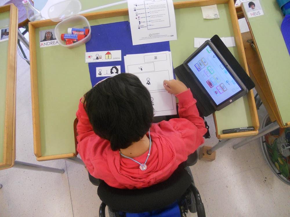 http://correspondenciainterescolar.blogspot.com.es/2014/01/les-alumnes-del-cee-enric-valor-de.html