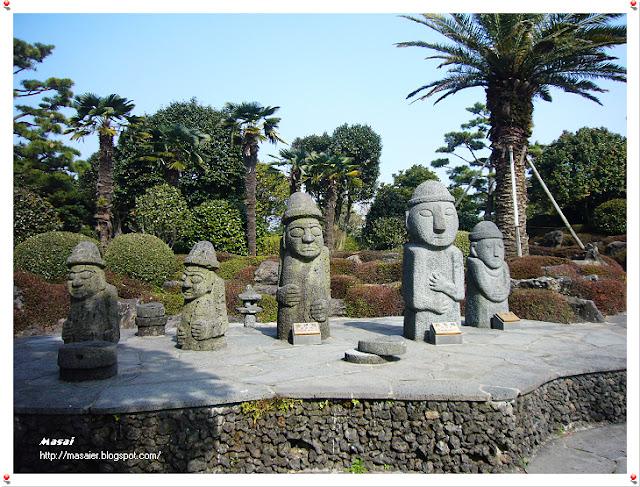 濟州島的避邪吉祥物~石頭爺爺