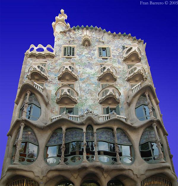 art: Casa Batlló by Antoni Gaudí