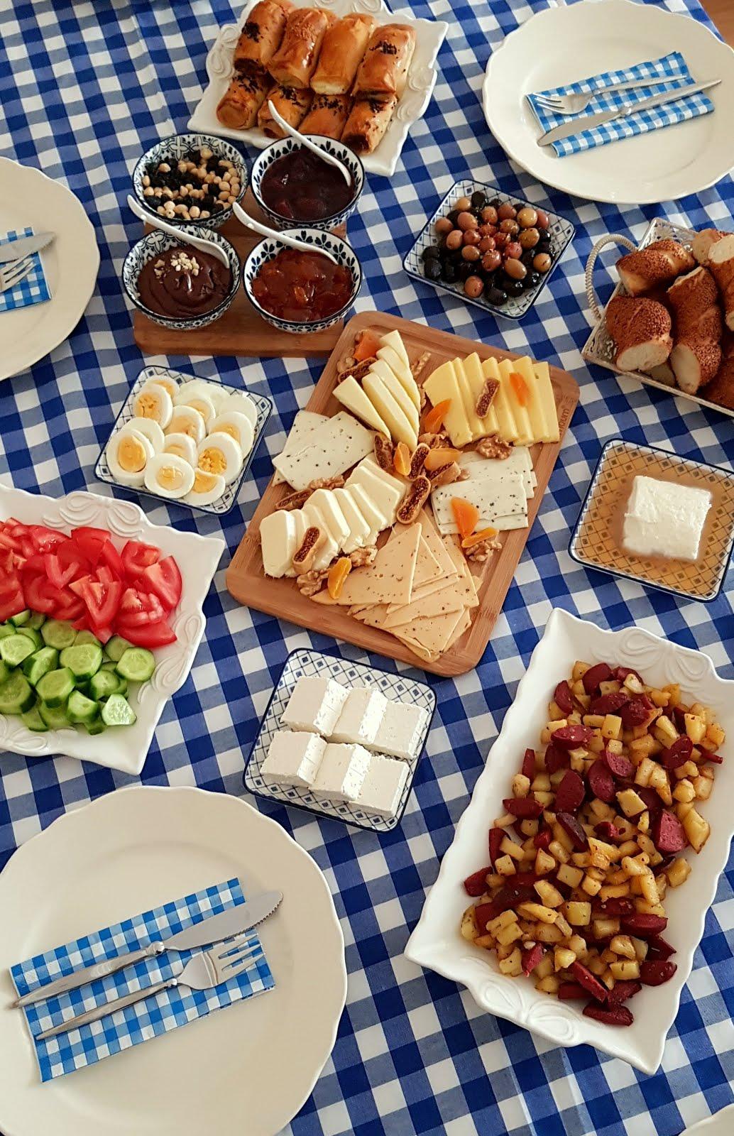 Kahvaltı & Çay Sofraları